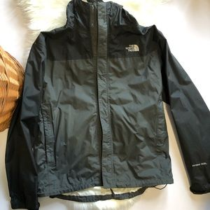 The North Face Men's HyVent 2.5 Raincoat